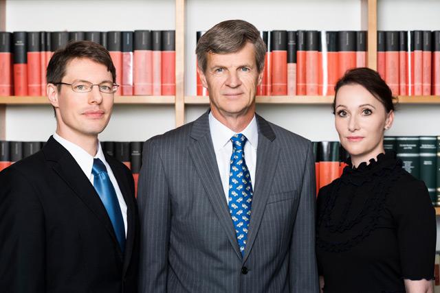 Rechstanwälte Urs Huber Bettina Flütsch Pascal Rusterholz Pfäffikon SZ Zürich